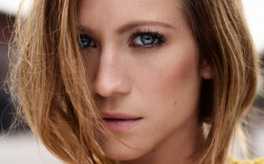 Картинка взгляд, лицо, портрет, макияж, актриса, прическа, шатенка, крупным планом, джемпер, Brittany Snow, Yahoo Style, Alisha …