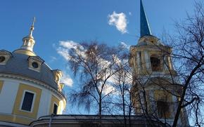 Картинка небо, облака, деревья, церковь, купол, шпиль, март 2017