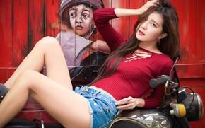 Картинка поза, граффити, модель, шорты, мотоцикл, азиатка
