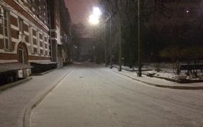 Картинка дорога, снег, здание