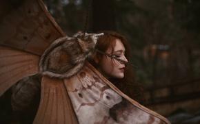 Картинка девушка, Aleah Michele, огромный мотылёк, Words and moths