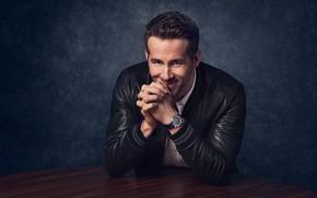 Картинка поза, улыбка, часы, куртка, актер, Райан Рейнольдс, Ryan Reynolds