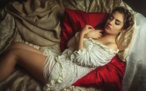 Картинка девушка, поза, сон, подушки, спящая красавица, Pawel Szamreta