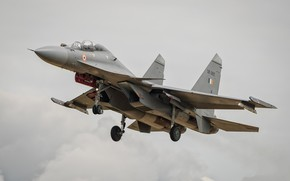 Обои самолёт, летит, серое небо, Су-30МКИ