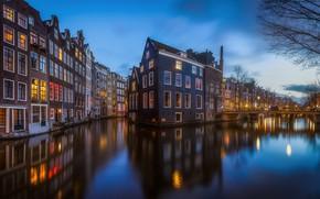 Обои вода, вечер, канал, Нидерланды, Амстердам, огни, город, дома, свет