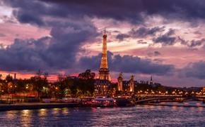 Картинка небо, облака, деревья, мост, огни, река, Франция, Париж, дома, вечер, фонари, Эйфелева башня