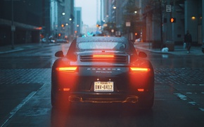 Обои lights, city, 911, rain, road, Porsche 911 Carrera, buldings