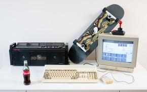 Картинка компьютер, ретро, клавиатура, классика, скейт, магнитофон