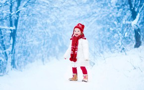 Картинка зима, снег, радость, милая, ребенок, куртка, девочка