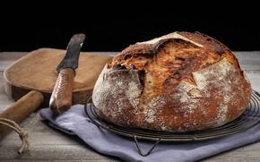 Обои румяная корочка, горячий Хлеб, деревянная лопата, домашняя выпечка, еда, нож, вкуснота, стол, салфетка