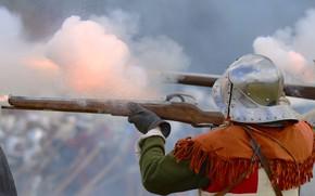 Картинка дым, солдаты, стрельба, шлем, ружья, военная реконструкция