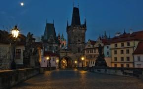 Картинка небо, ночь, мост, огни, луна, Прага, Чехия, фонари, скульптуры, Карлов мост