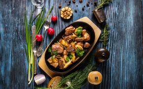 Картинка зелень, мясо, овощи, wood, специи, картошка, жаркое