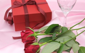 Картинка цветы, подарок, розы, Праздник, коробочка