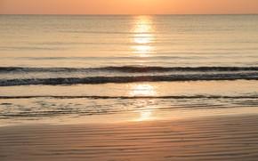 Картинка песок, море, волны, пляж, лето, небо, закат, берег, summer, beach, sea, sunset, seascape, romantic, sand