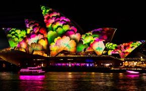Картинка море, вода, ночь, город, огни, блики, темнота, люди, узор, здание, цвет, здания, освещение, Австралия, шоу, ...