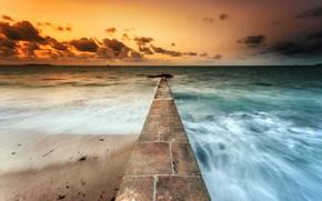 Картинка море, закат, берег, плоская земля