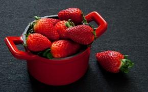 Обои кастрюлька, клубника, ягоды