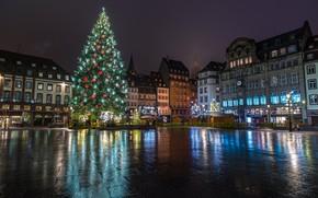 Обои гирлянда, праздник, зима, Франция, дома, площадь, елка, украшение, Страсбург, ночь, Новый год