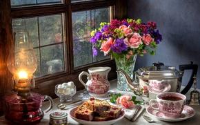 Обои пирог, натюрморт, лампа, дождь, розы, сахар, букет, окно, чай