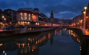Картинка река, фонари, ночь, канал, Bilbao, огни, дома, Испания, мост