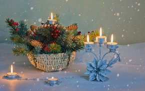 Картинка снежинки, ветки, огонь, праздник, корзина, свечи, Рождество, Новый год, шишки, хвойные