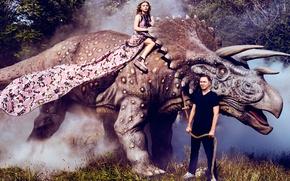 Обои фотосессия, трава, Хлоя Морец, верёвка, динозавр, 2016, Harper's Bazaar, мужчина, актриса, деревья, шатенка, Chloe Moretz, ...