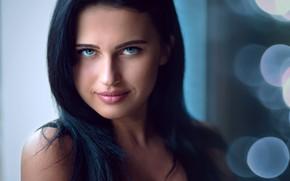 Обои блики, макияж, Laura, брюнетка, боке, прическа, красотка, улыбка, фон, портрет, Slávka Miklošová, взгляд, Laura Košíková