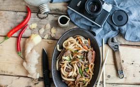 Картинка фотоаппарат, мясо, перец, соевый соус, Лапша, Имбирь