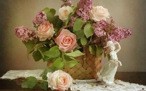 Картинка цветок, девушка, цветы, корзина, роза, розы, статуэтка, сирень, салфетка, фигурка