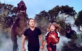 Обои фотосессия, Хлоя Морец, страх, деревья, убегают, динозавры, Chloe Moretz, туман, ужас, погоня, лес, девушка, Harper's ...