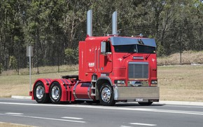 Обои Red, road, Freightliner, Hrome