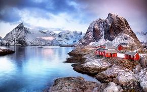 Обои скалы, Норвегия, городок, зима, север, горы, Лофотенские острова, поселение