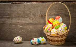 Обои корзина, colorful, wood, basket, Easter, Пасха, happy, яйца крашеные, spring, holiday, eggs