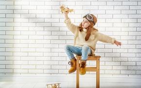 Картинка Самолеты, Очки, Стена, Девочка, Настроение, Свитер, Ботинки