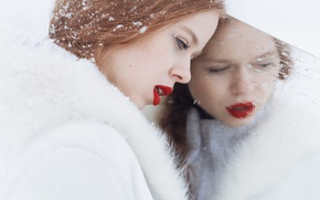 Картинка девушка, снег, отражение, макияж, губы, Sandra Plajzer