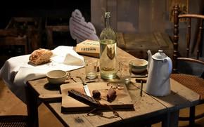 Картинка стол, бутылка, еда