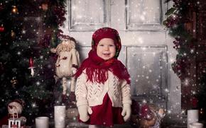 Картинка праздник, игрушки, новый год, рождество, свечи, дверь, девочка, ёлка, ребёнок