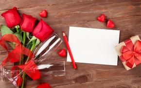 Картинка любовь, цветы, розы, букет, бокалы, сердечки, красные, red, love, wood, flowers, romantic, hearts, Valentine's Day, …