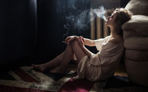 Картинка девушка, дым, сигарета, Андрей Фролов