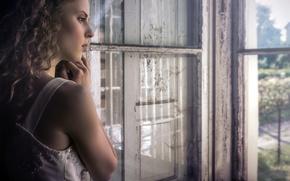 Картинка девушка, окно, Karina Bratkowska