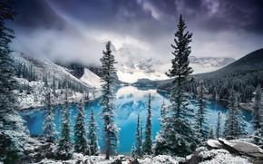 Обои облака, Канада, Альберта, озеро, Национальный парк Банф, Природа, деревья, снег, туман, зима, горы, озеро Морейн, ...