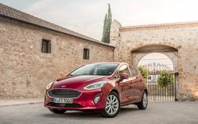 Картинка авто, красный, здание, Ford, ворота, форд, Fiesta, Titanium