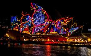 Картинка море, вода, ночь, синий, красный, абстракция, город, огни, блики, люди, узор, здание, освещение, Австралия, шоу, ...