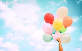 Картинка лето, небо, солнце, счастье, воздушные шары, отдых, colorful, summer, sunshine, happy, beach, vacation, balloon