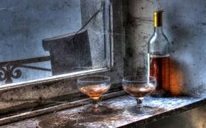 Картинка бокал, бутылка, окно