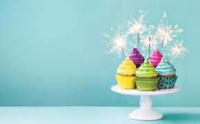 Обои colorful, крем, Happy Birthday, кексы, decoration, День Рождения, cupcakes, sparklers, holiday celebration