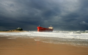 Картинка waves, storm, beach, ocean, seascape, seaside, ship, lighthouse, cloudy, troubled sea, shipwrecked