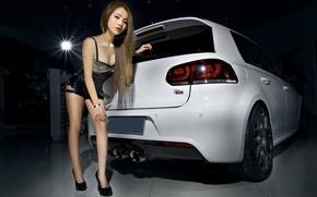 Картинка взгляд, Девушки, Volkswagen, азиатка, Красивая девушка, белый авто