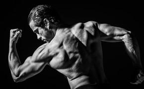 Картинка поза, спина, руки, чёрно-белая, мужчина, монохром, мускулы, атлет